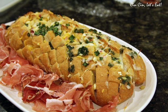 thanksgiving_pullapartbread_2
