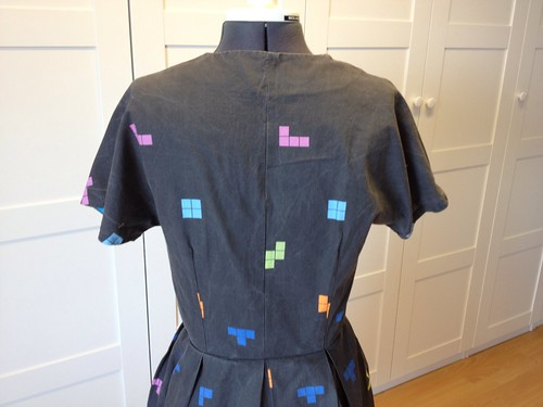 Tetris dress back bodice