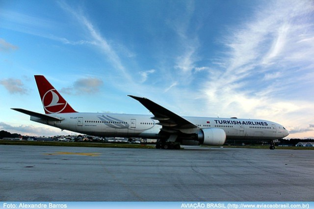 Turkish Airlines - TC-JJF