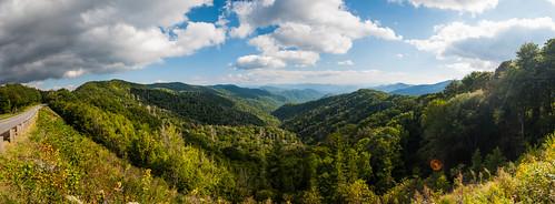 9840251623_3b454c530b Amazing Mountain photos - GSMNP Pano.jpg