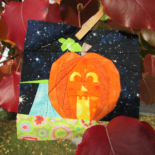 Pumpkin Wonky House... by ruthiequilts