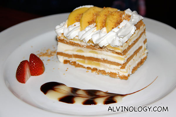 Mango Float (S$12) - layered graham biscuit with mango cream, topped with fresh mango slices