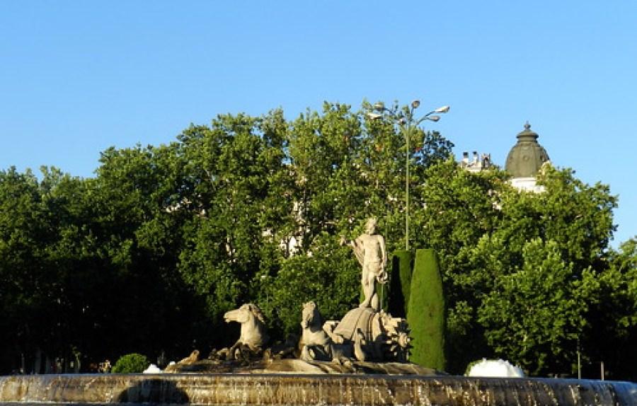 Madrid Fuente de Neptuno 04