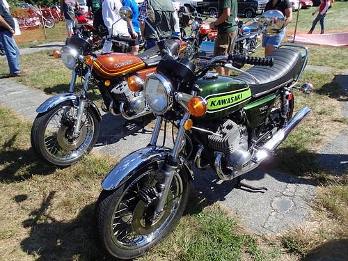 Kawasaki 750 and 500 2-strokes -- yikes!