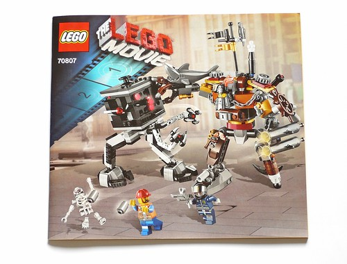 LEGO The Movie 70807 MetalBeard's Duel ins01