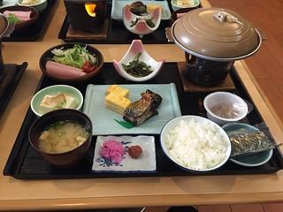 The usual large breakfast at Kawanami