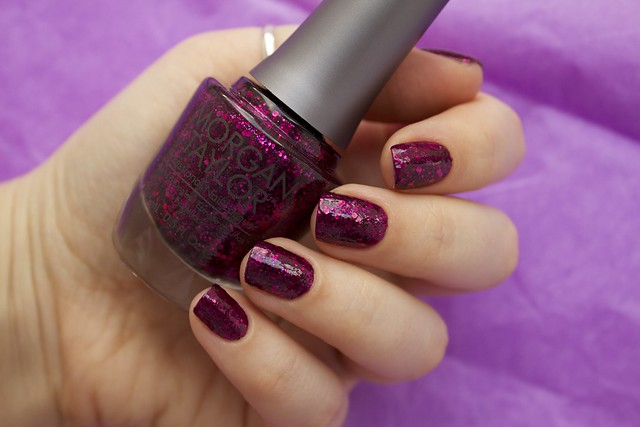 11 Morgan Taylor To Rule Or Not To Rule with topcoat