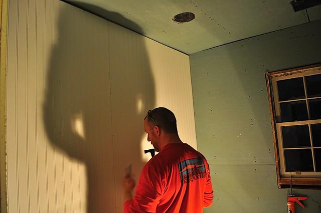 2012-02-16 Bathroom bead board 05