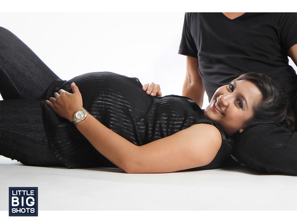 Great Expectation | Maternity Studio Portraiture