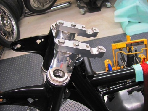 Handlebar Brackets with Pull Backs