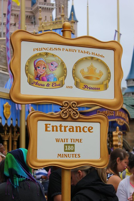 disneyland frozen meet and greet fastpass