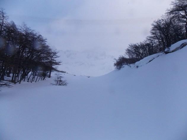 É tudo tão branco que nem dá para ver a montanha