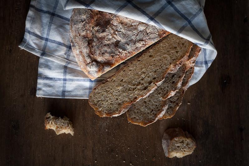 Pão de espelta e aveia