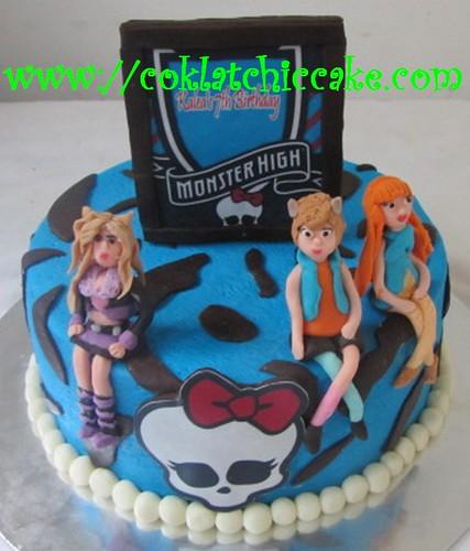 Kue ulang tahun monster high clawdeen, howleen, dan cleo