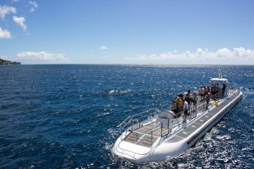 潜水前の潜水艦