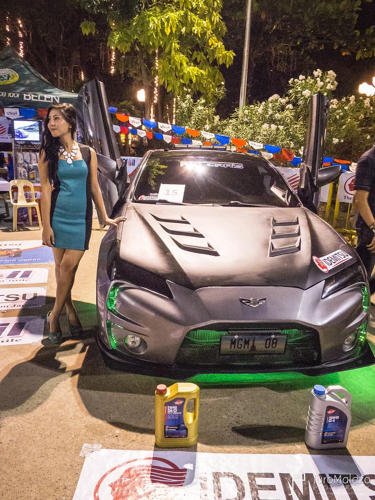 Hyundai Genesis Coupe. - Dagupan City Fiesta Auto Show 2013 - Juro Malazo