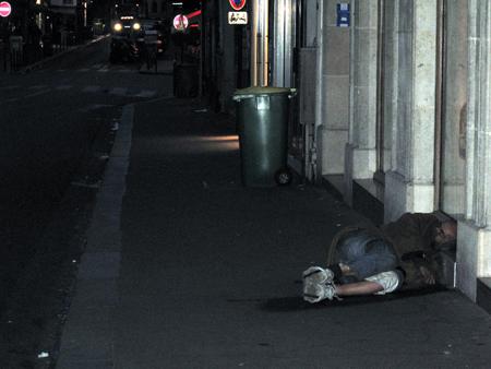 9d18 Nocturnos calle Despertar del día en el barrio027 Uti 450