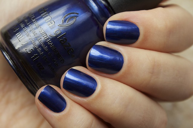 02 China Glaze Autumn Nights Scandalous Shenanigans