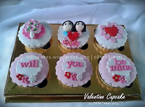 DKM CAKES, dkmcakes, toko kue online jember bondowoso lumajang, toko kue jember, pesan kue jember, jual kue jember, kue   ulang tahun jember, pesan kue ulang tahun jember, pesan cake jember, pesan cupcake jember, cake hantaran, cake bertema,   cake reguler jember, kursus kue jember, kursus cupcake jember, pesan kue ulang tahun anak jember, pesan kue pernikahan   jember, custom design cake jember, wedding cake jember, kue kering jember bondowoso lumajang malang surabaya, DKM Cakes no   telp 08170801311 / 27eca716 , valentine cupcake