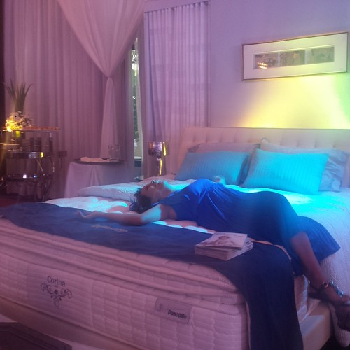 Dunlopillo Corina Luxe bed