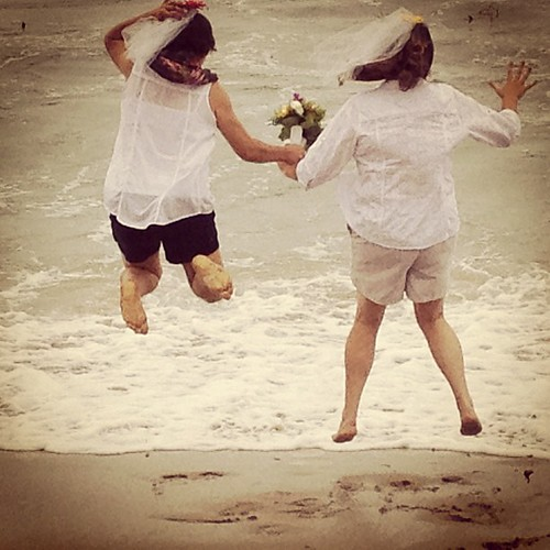 #wedding on the #beach @lolalynneandlucy