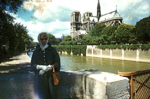 Mom Paris