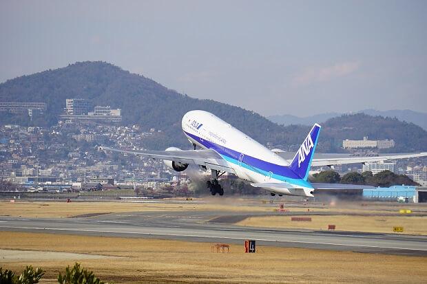170309 ANA B777-200離陸