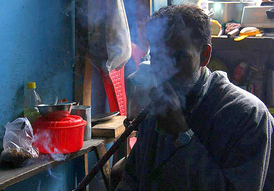 beat the chill of a kokernag spring with a hot gurgling shisha