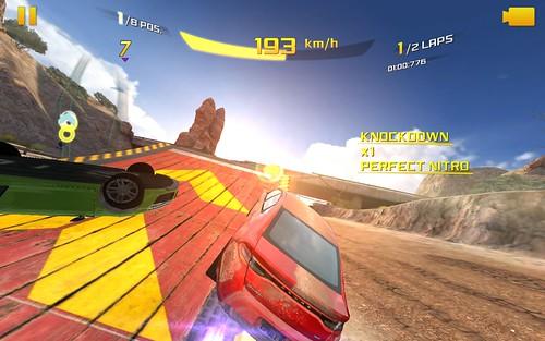เกม Asphalt 8: Airborne บน Samsung Galaxy Note 10.1 2014 Edition เล่นได้แค่ระดับ Low quality เท่านั้นเอง