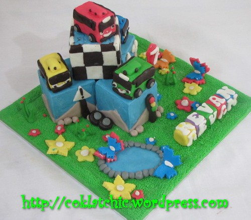 Miniature cake Tayo the blue bus