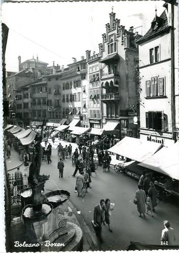 postcard - bolzano - piazza delle erbe - 1957