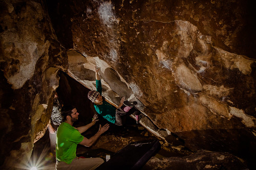 Jackie working Lobster Claw (V5)