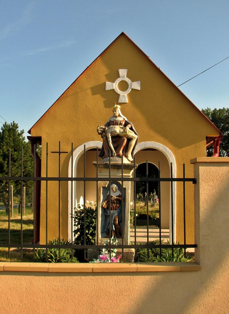 Kaplnka na cintoríne v Ip. Predmostí