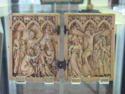 Mid-14th-century diptych