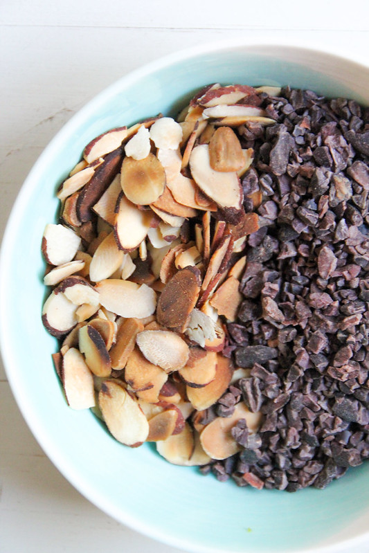 roasted almonds + cacao nibs