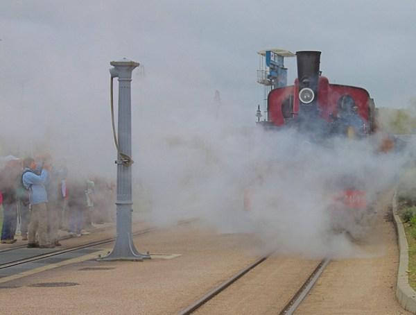 Locomotive à vapeur à l'arrivée