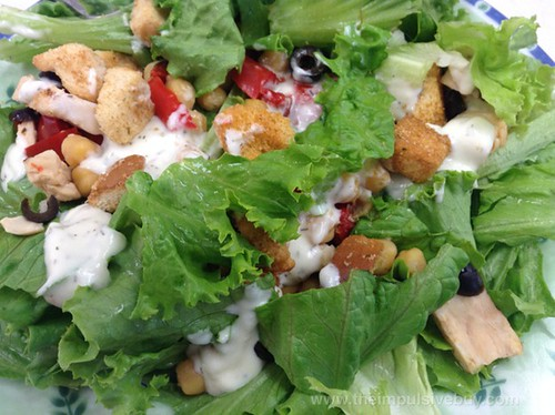 Lean Cuisine Salad Additions Greek-Style Chicken Closeup