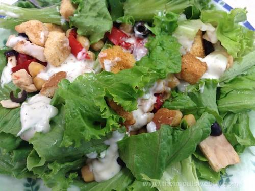 Lean Cuisine Salad Additions Greek-Style Chicken Closeup