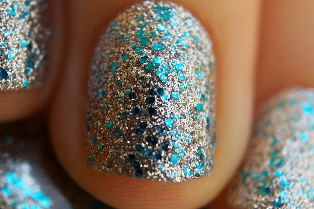 07 China Glaze Lorelei's Tiara macro
