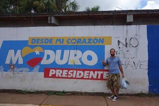 Pintura de Maduro em Santa Elena