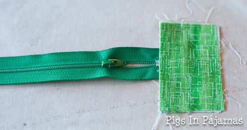Green ditty bag zipper