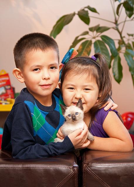 portrait: children & with pet