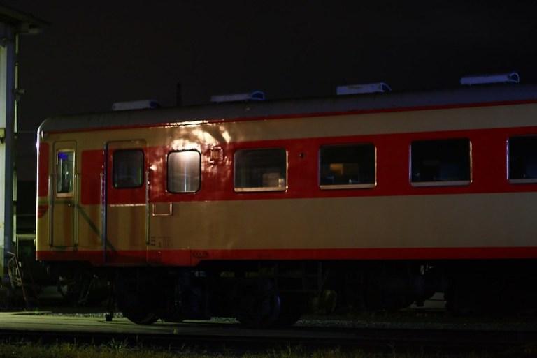 夜のキハ2005