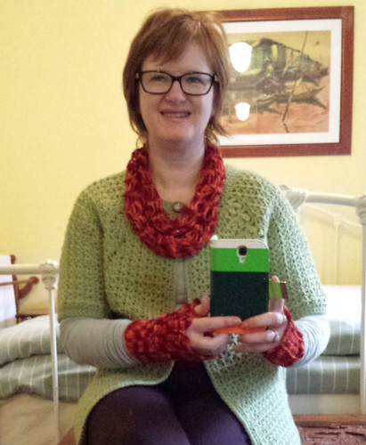 Shell Net Scarf and Hot Little Hands Mitts in Wollmeise