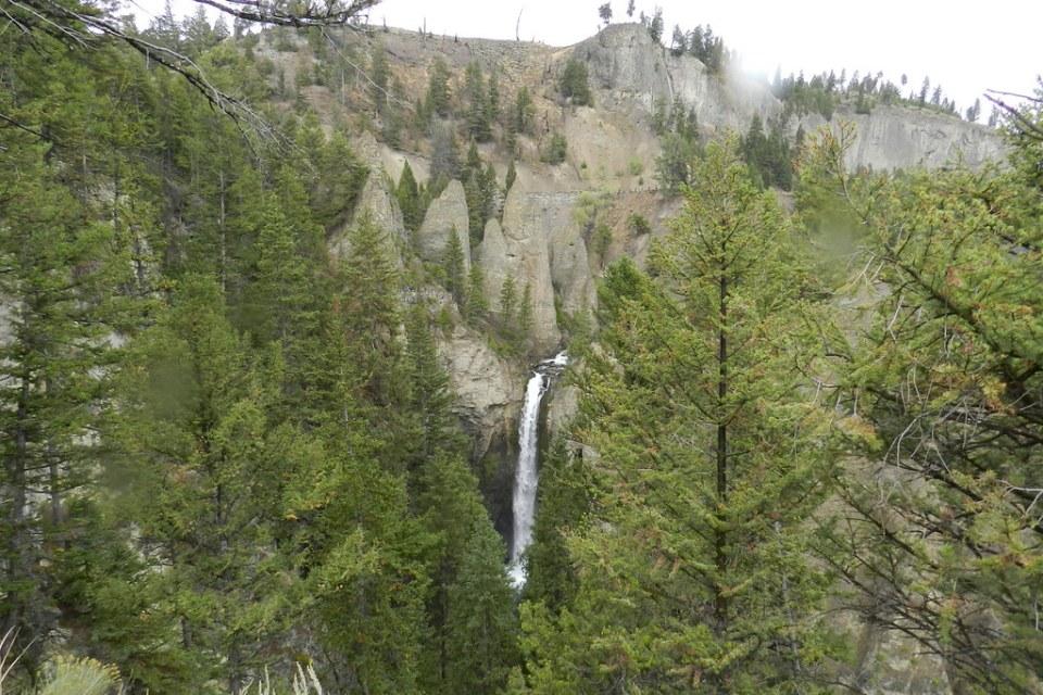 Cascada Tower Fall Parque Nacional de Yellowstone Wyoming EEUU 01