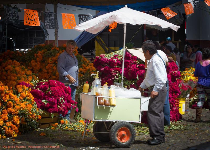 Market day before the Dias de Los Muertos in Patzcuaro
