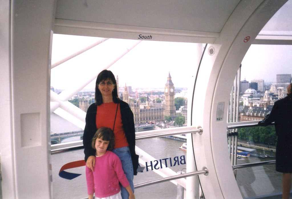 7-2003, London, UK, London Eye, Patti & Logan089