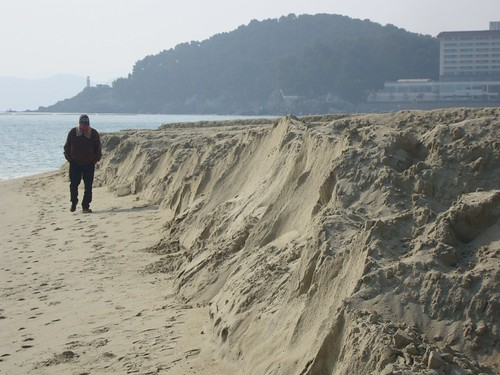 Haeundae Beach Restoration Project by Jens-Olaf