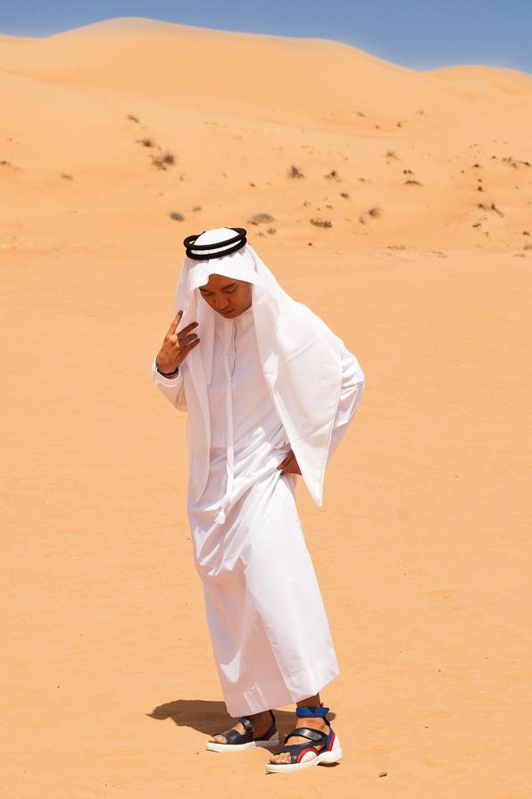Bryanboy wearing a kandora in Dubai Desert Conservation Reserve
