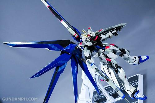 Metal Build Freedom Gundam Prism Coating Ver. Review Tamashii Nation 2012 (66)